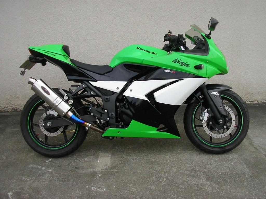 Ninja250R  (FC-000) - 【公式】レンタルバイクのベストBike® 京都河原町駅前