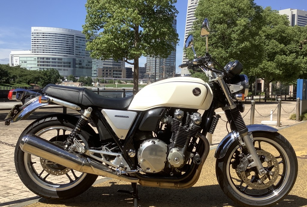 CB1100(HN-00) - 【公式】レンタルバイクのベストBike® 水天宮駅前