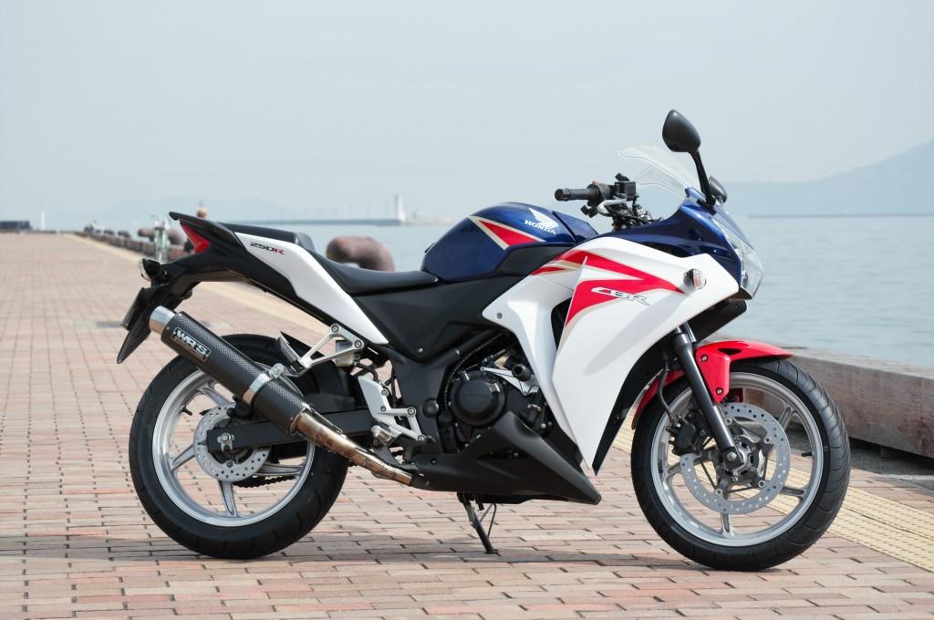 CBR250R(SH-201) - 【公式】レンタルバイクのベストBike® JR高松駅前