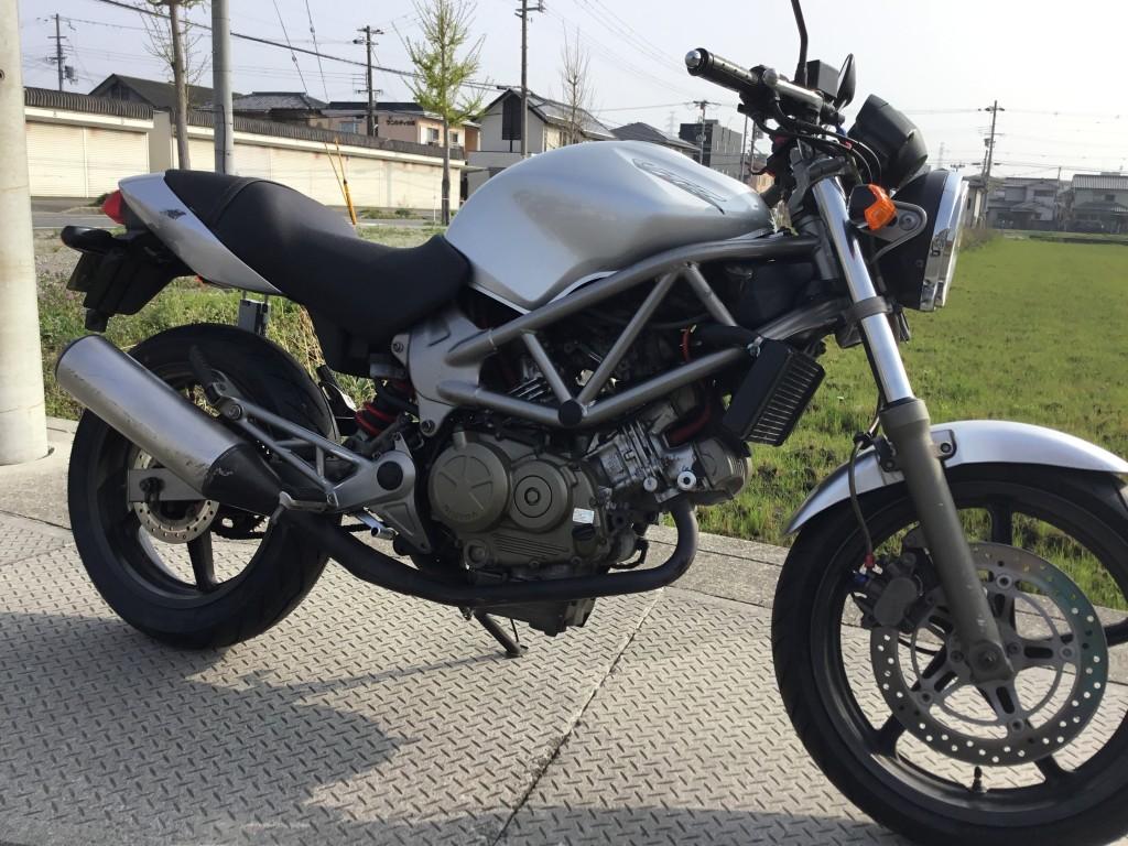 VTR250(FC-000) キャブ仕様 - 【公式】レンタルバイクのベストBike® 広島空港