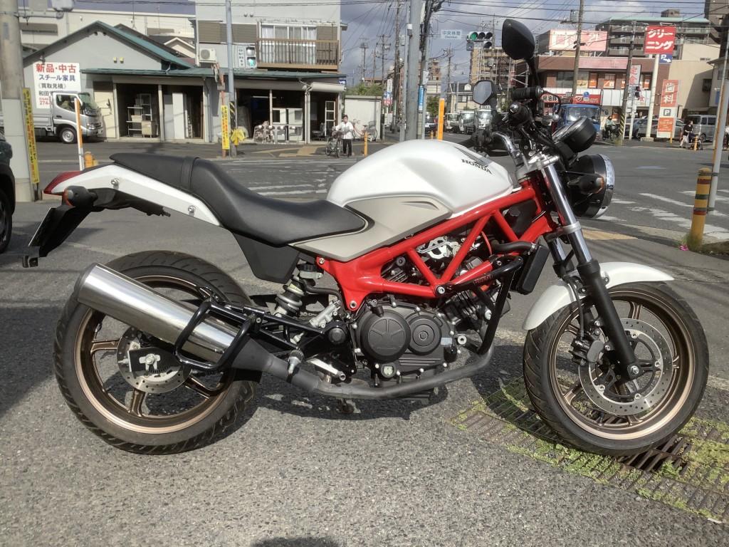 VTR250FI(FC-002) - 【公式】レンタルバイクのベストBike® 湘南大和店