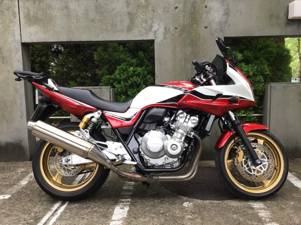 CB400 Revo スーパーボルドール(FC-000) - 【公式】レンタルバイクのベストBike® 醍醐駅前(地下鉄東西線)